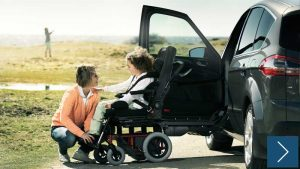 車のシートがそのまま車椅子になる
