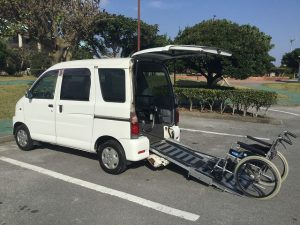 車椅子用スロープの代車兼レンタカー